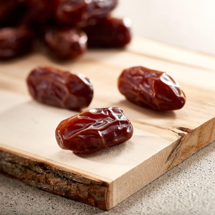 bateel_dates
