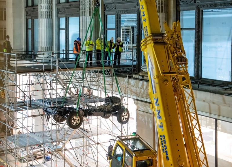 bespoke Selfridges Edition Land Rover Defender Works V8-01