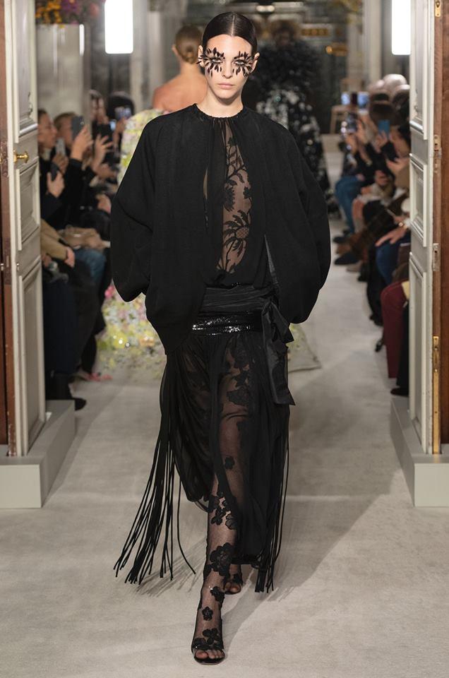 black - Valentino Haute Couture SS 2019