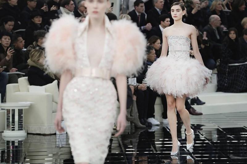chanel haute couture show 2017 grand palais paris-