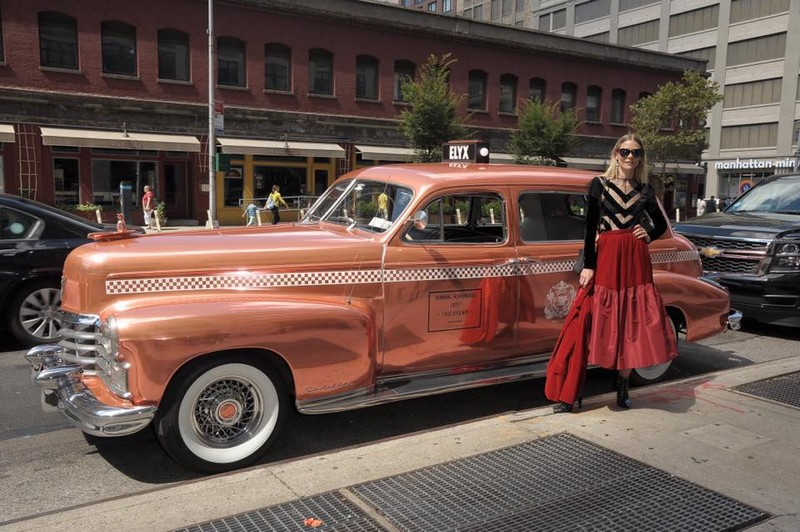 elyx copper taxi - Riding in style with the Jaime King for NYFW