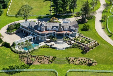 Auctioned Truly Absolute: This exquisite Greenwich Connecticut equestrian estate is fit to train the world's finest  horses