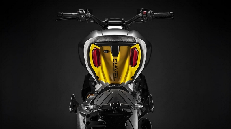exclusive Ducati Diavel1260 S Materico concept bike built for Milan Design Week 2019-02