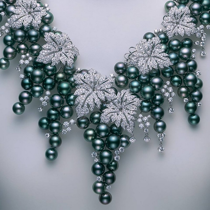 exquisite high jewelry pieces