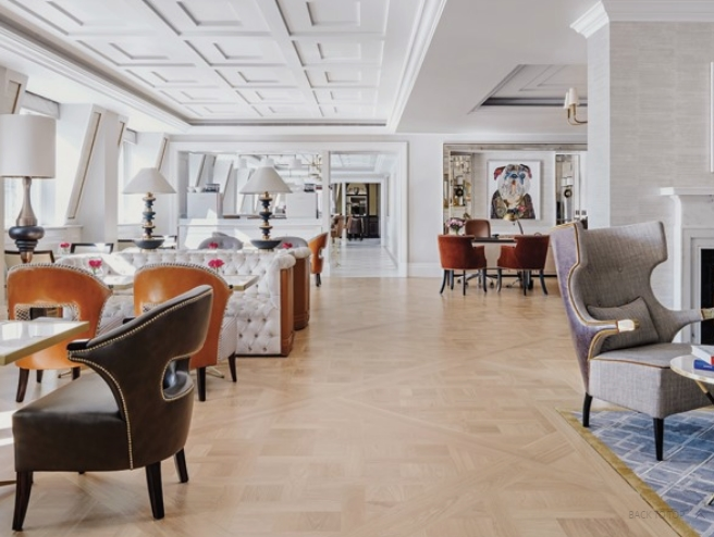The Langham Club pampers guests with the ultimate in modern conveniences and attentive services.