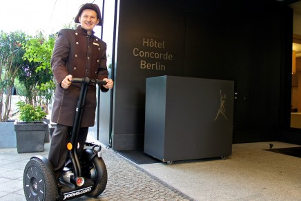 When you have a happy customer, they spread the word. Top hotels for service.