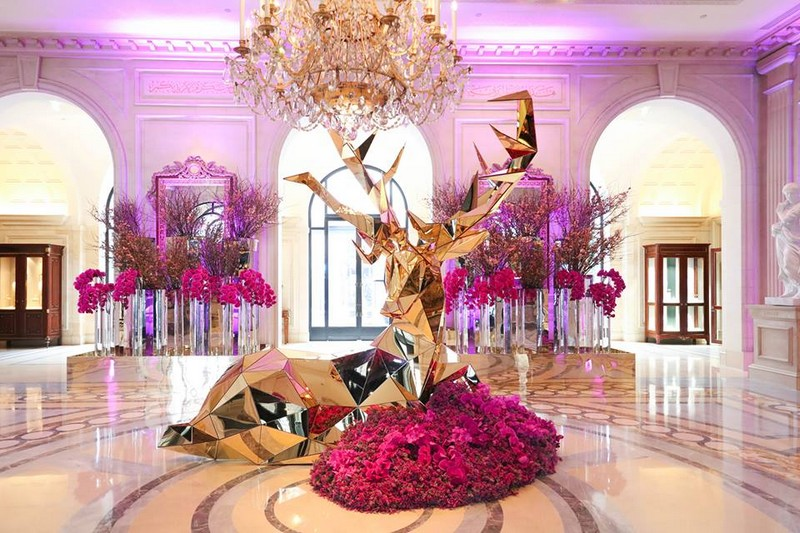 incredible creation by Jeff Leatham at Four Seasons Hotel George V, Paris