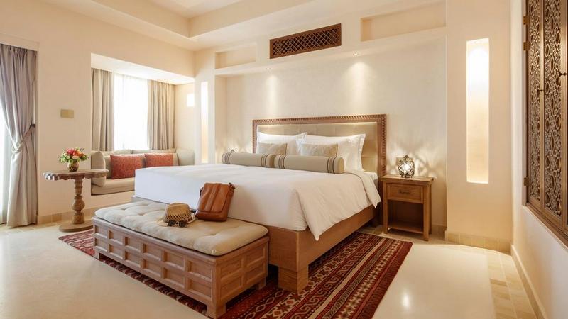 jumeirah-al-wathba-desert-resort-spa-2019-02