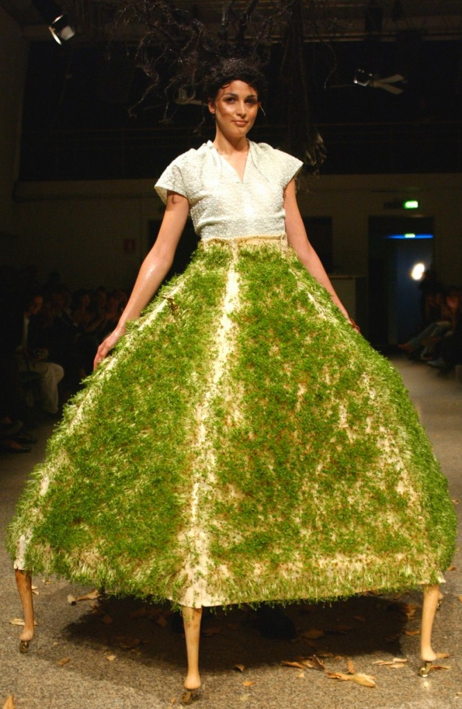 kei kagami conceptual pieces -water cress skirt 2007 Spring Summer