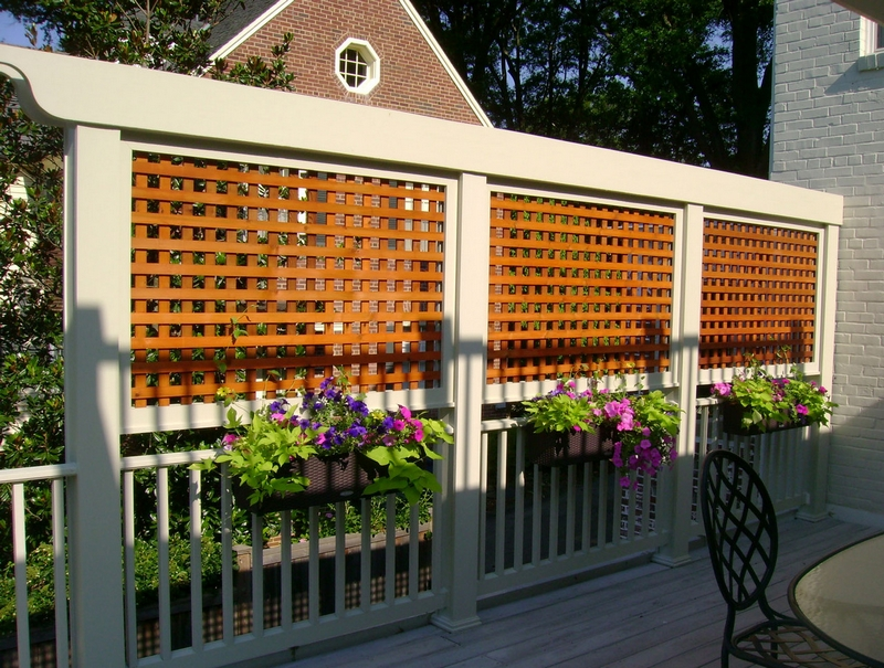 lattice screen