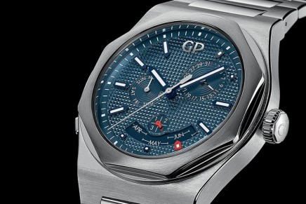 Girard-Perregaux Laureato Perpetual Calendar is appearing in this unique, all-steel and asymmetrical configuration