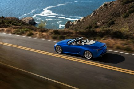 Lexus has never made a soft-top car before, but it has spared no efforts for LC Convertible's super roof