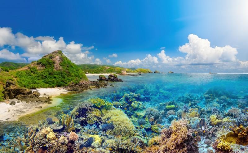 luxury-travel-Indonesia-beneath-the-waves