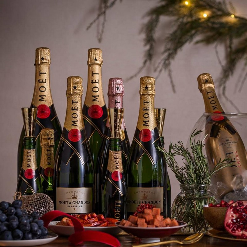 moet party champagne
