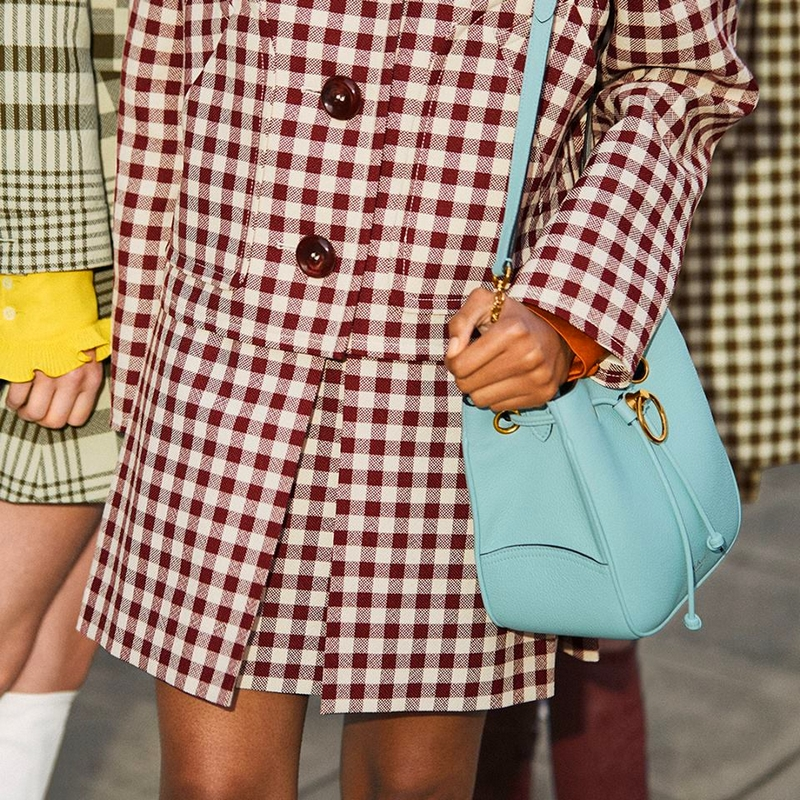 mulberry New Vintage - The Hampstead is the first bag from Mulberry 2019 new collection