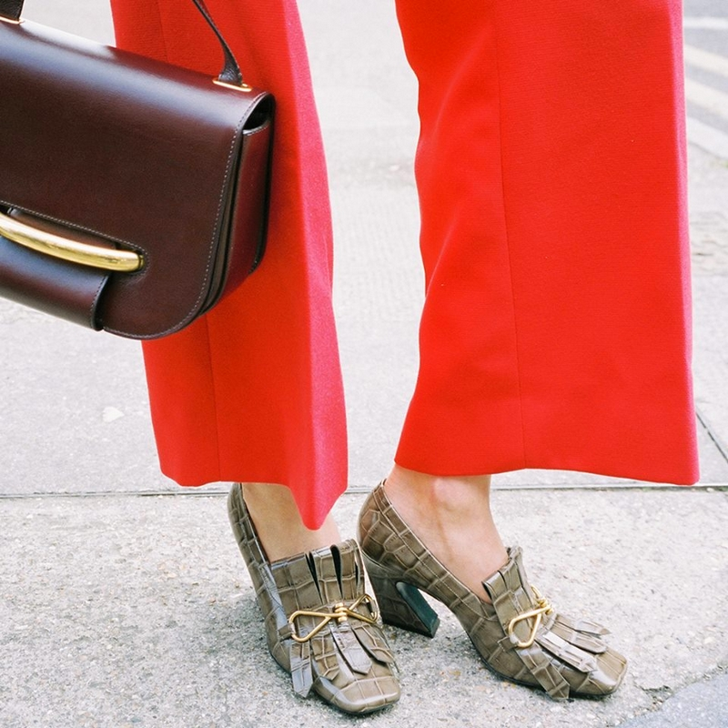 mulberry Selwood Bag in Oxblood and the Charm Fringe Loafer