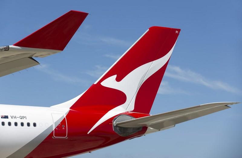 new qantas - the tail A330