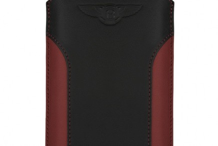 New Signature Touch for Bentley smartphone. Personalisation options available for the first time