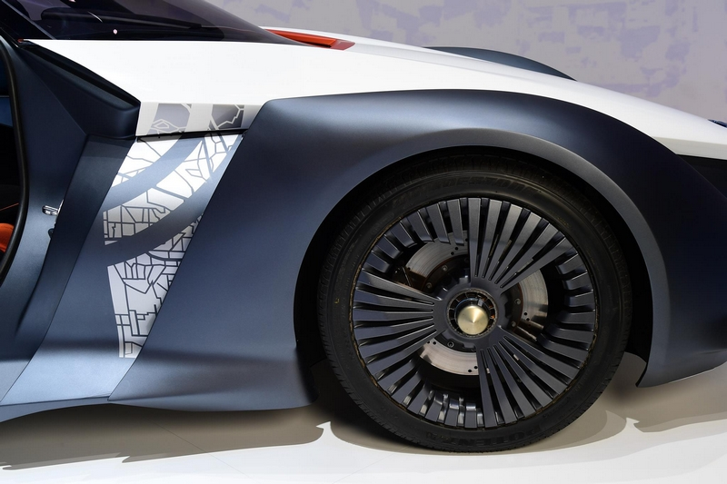 nissan at 2017 geneva motor show-BladeGlider brings cutting-edge Intelligent Mobility to life-