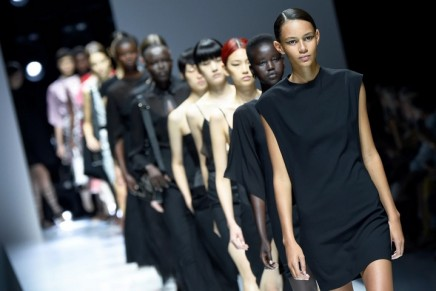 Oliver Lapidus attempts to save Lanvin with first Paris show