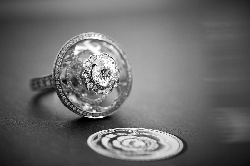 pieces from the '1.5, 1 CAMÉLIA. 5 ALLURES' collection - crystal illusion ring