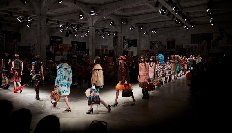 prada fw2017 milan fashion show