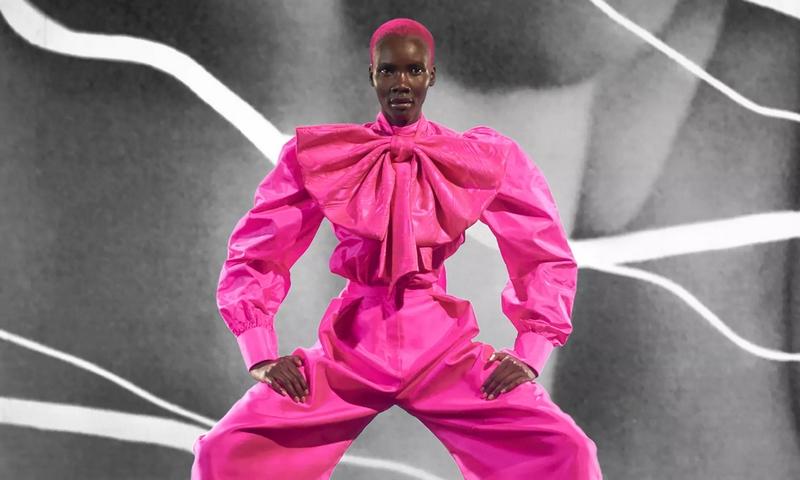 schiaparelli shoking signature pink