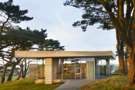 Secular Retreat review – a simply miraculous piece of architecture
