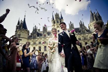 Company offers rain-free wedding days for £100,000