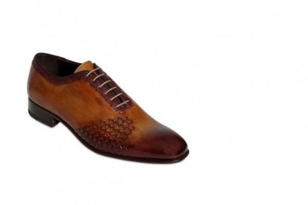 two hot luxuries – the elegant shoe