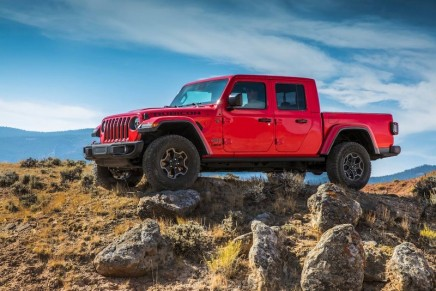 Entire run of 4,190 Gladiator Launch Edition cars sell out on Jeep 4×4 Day