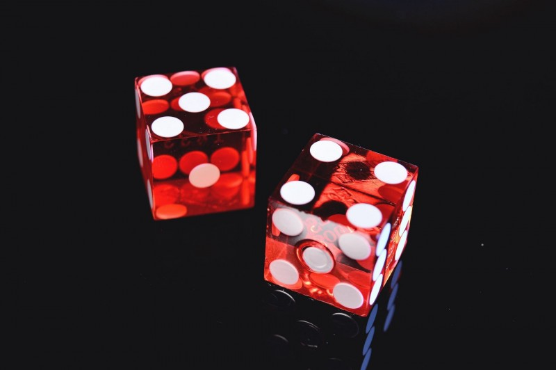 two_red_dices