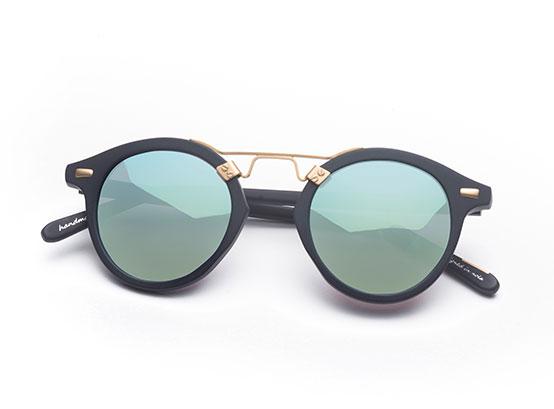 w-hotels-store-sunglasses