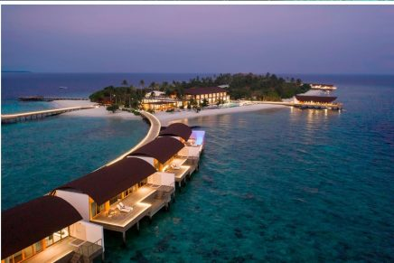 How to build in environmental settings with a fragile balance: Westin Maldives Miriandhoo Luxury Resort